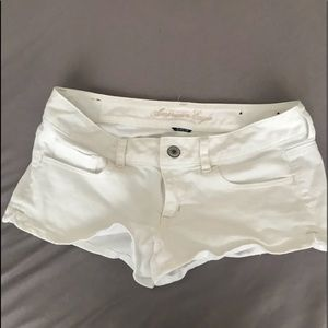 American Eagle White Low-Rise Shorts
